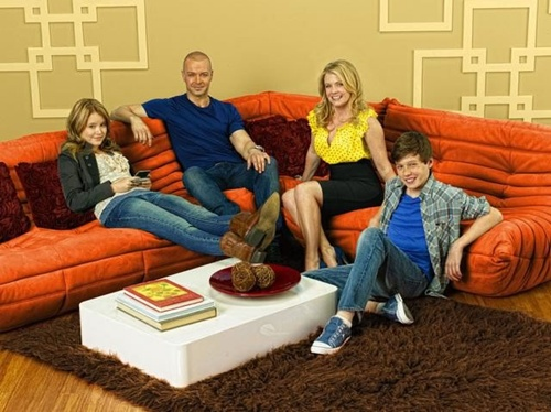 ABC-Family-Melissa-and-Joey003.jpg