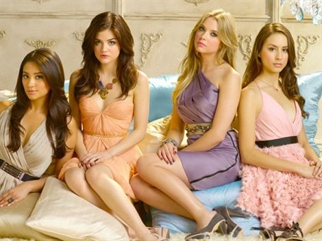 Pretty Little Liars contará con tercera temporada