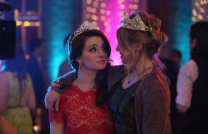 Faking it renueva en MTV para  una segunda temporada