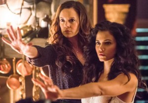 Witches of East End ha sido cancelada tras emitir el final de su segunda temporada